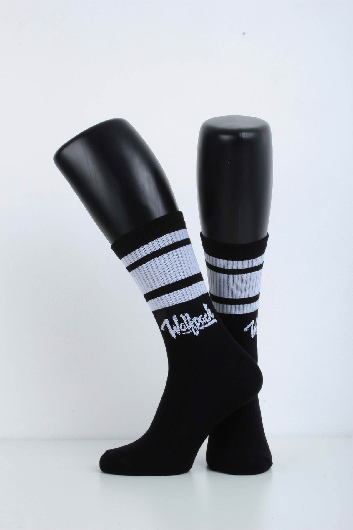 WOLFPACK CREW SOCKS BLACK